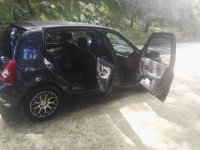 Renault Clio Gangazo