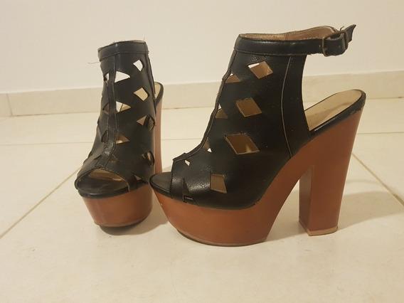 Zapatos Varios: Botas Media Caña Cuero Febo/ Sandalias Qupid