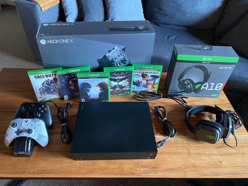 Xbox One X 1tb + Astro A10 + Juegos