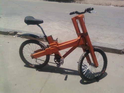 Imagen 1 de 10 de Bicicleta De Madera Con Pedales