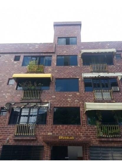 Apartamento En Aguablanca. Wc