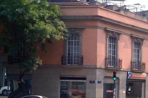 Imagen 1 de 2 de Excelente Esquina Comercial  Junto Al Paseo De La Reforma