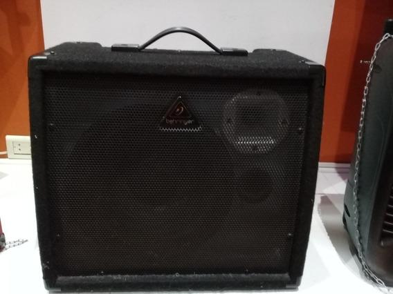 Amplificador Behringer K900fx 90w En Exhibición Sin Caja
