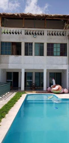 Hotel De 10 Habitaciones A Orilla De Playa