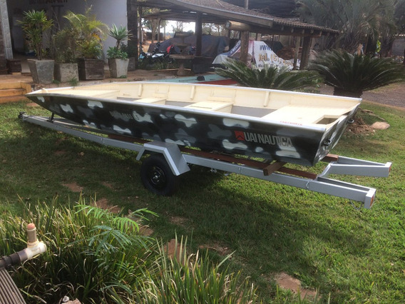 Barco Black Bass 5,55m, Motor 40hp Super Mercury, Carreta