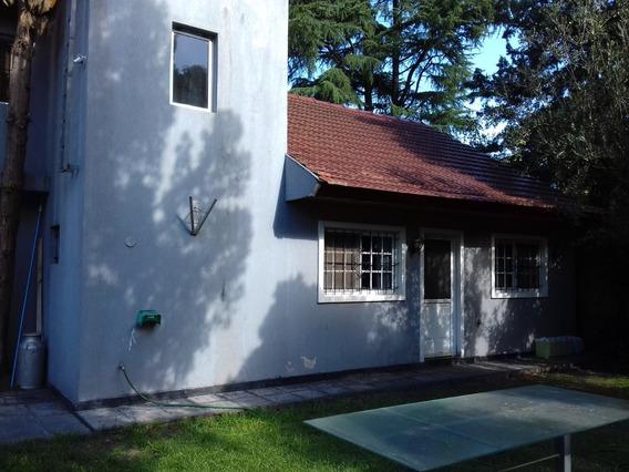Casa Quinta 8 Ambientes Amplios Con Parque Y Pileta