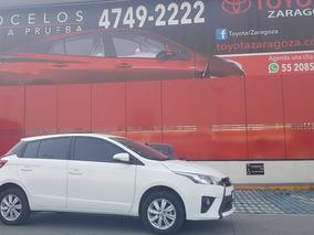 Toyota Yaris Hb S Cvt 2017 Blanco