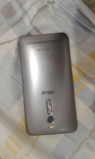 Zenfone 2 32giga 4 Ram Para Retirada De Peças Tela Trincada