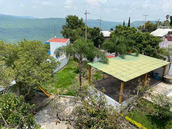 Hermosa Casa Con Gran Terreno, 3 Recamaras Con Terraza