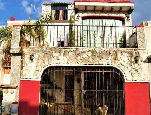 En Venta Casa 3 Niveles En Misión De Las Flores Playa Del Carmen P2872