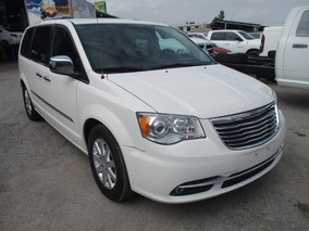 Chrysler Town & Country Limited 3.6 2012 Blanca