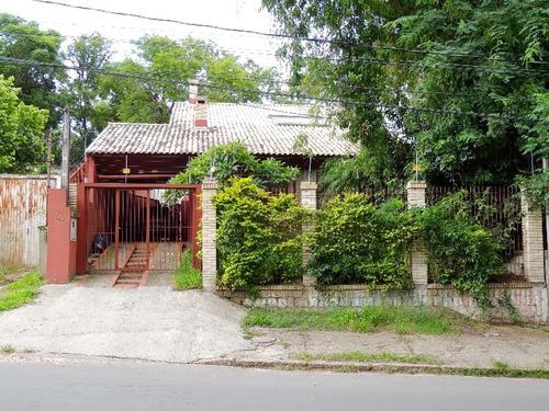 Casa Em Belém Novo Com 3 Dormitórios - Lu265404