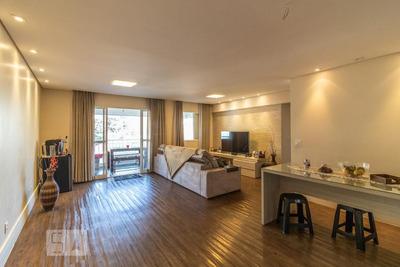 Apartamento No 4º Andar Com 2 Dormitórios E 2 Garagens - Id: 892932328 - 232328