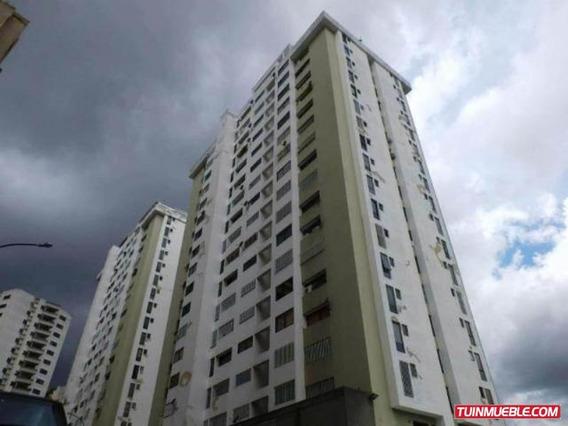 Apartamentos En Venta- Guaicay 18-12966 Carolina