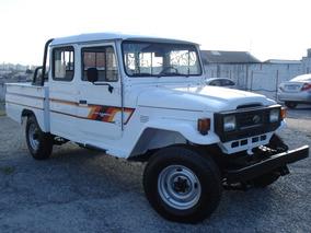 Toyota Raro,jipe,4x4,caminhonete,ranger,s10,l200,veraneio,hr