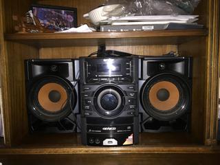 Sony Minicomponente Equipo De Musica Hi Fi 3 Cds 2 Parlantes