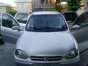 Chevrolet Corsa Sedan 1.6 16v Gls 4p 1999