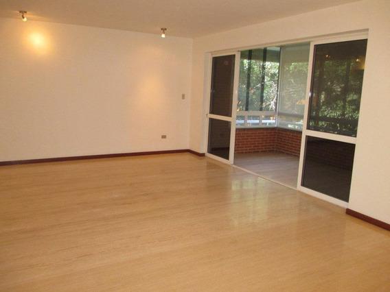 Apartamento En Venta Cm La 04122564657