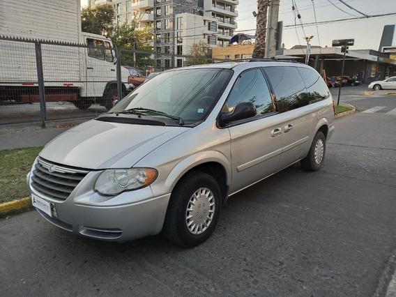 Chrysler Grand Caravan , Tres Corridas De Asiento