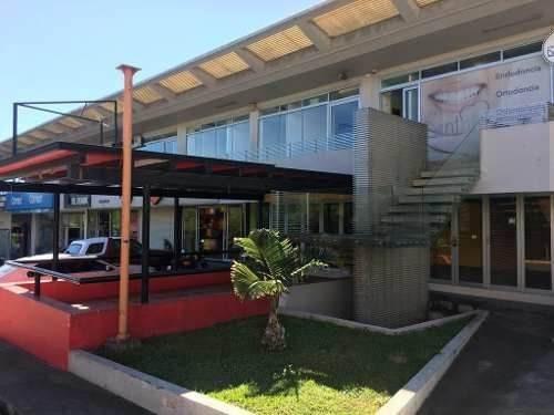 Renta De Local En Xalapa Plaza Europa Animas, Planta Alta, 50m2