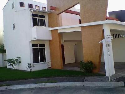 Casa A La Venta En Jardines De Buenavista, Villahermosa