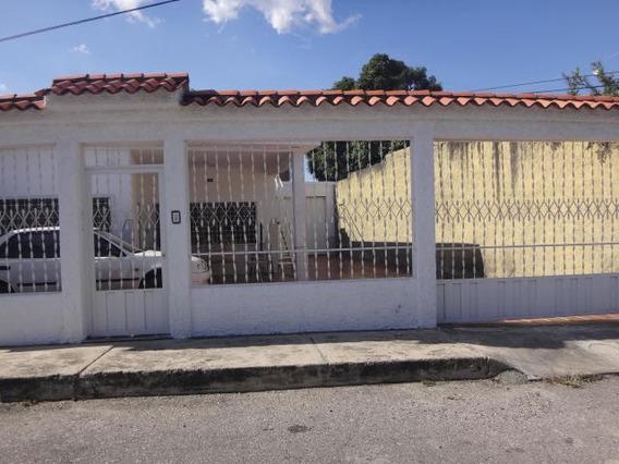 Casa En Venta Obelisco Lara 20-127 J&m