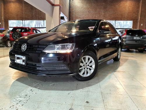 Volkswagen Vento 2.0 Advance 115cv 2015