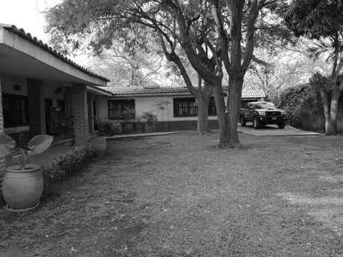 Casa En Fraccionamiento En Sumiya / Jiutepec - Ber-777-fr*