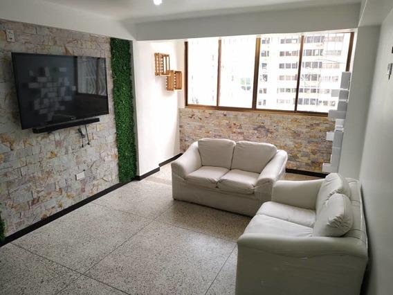 Alquilo Apartamento En Residencias El Centro 04144697067