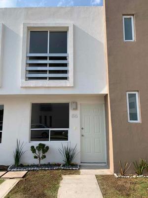 Casa En Renta Residencial Dali Coronango