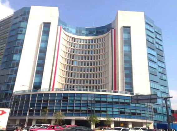 Edificio Con Excelentes Acabados Y Ubicación