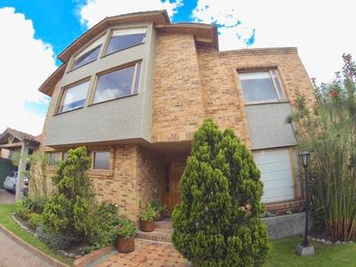 Casa En Venta En San Jose De Bavaria Mls 18-296rb
