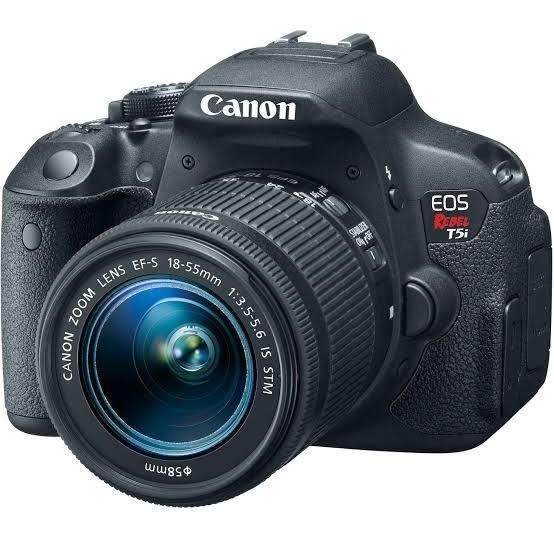 Câmera Profissional Fotográfica T5i