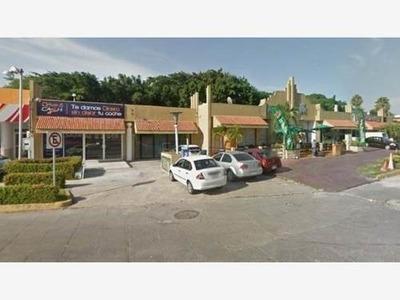 Local Comercial En Renta Plaza D´atocha