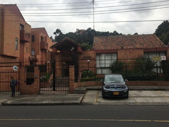 Lujosa Casa De 192 M² En Belmira - Usaquén - Bogotá
