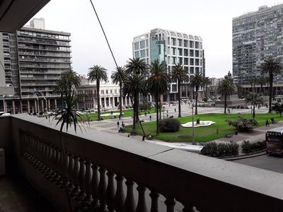 Apartamento En Venta Sobre Plaza Independencia