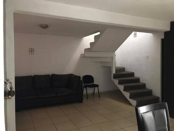 Casa En Renta Avenida Candiles, El Roble