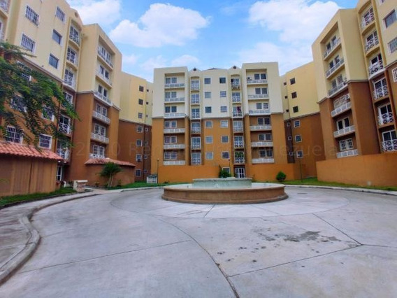Apartamento En Venta Intercomunal Turmero Maracay Dvm21-1729