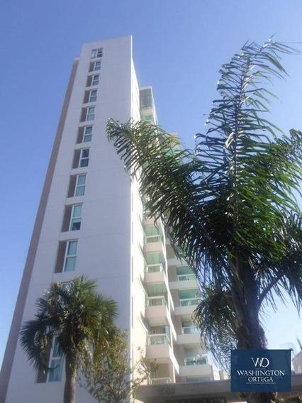 Apartamento Com 3 Dormitórios À Venda Por R$ 2.200.000 - Ap0299