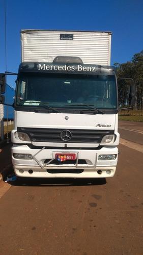 Mercedes  Atego 2424