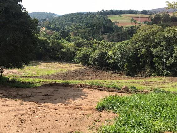 Ótima Localização Terrenos Planos Parcelamos M.