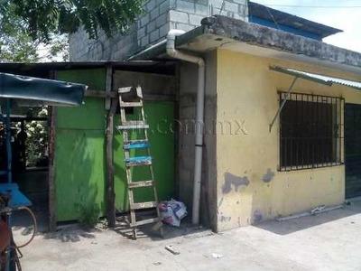 Casa Sola En Venta Las Delicias