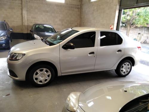 Renault Logan Aut 1.6 (2014)