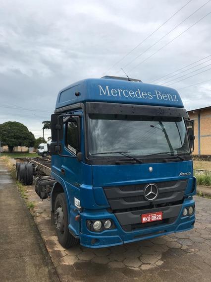 Mb Mercedes Benz Atego 2426 Azul 6x2 Ano 2013