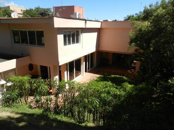 Casa En Vta Urb. 19-11017