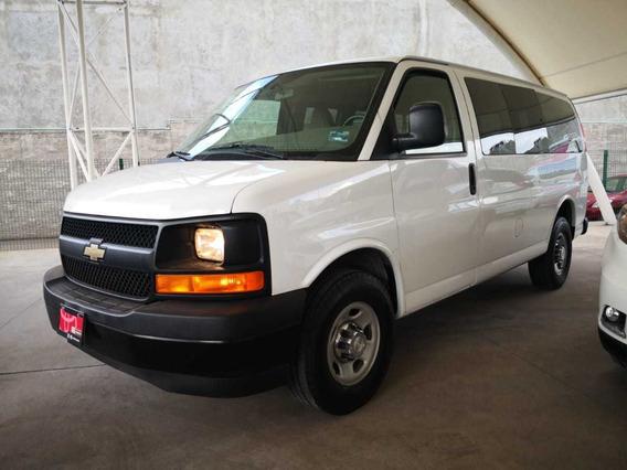 Chevrolet Express Van 12 Pasajeros 6.0 2017