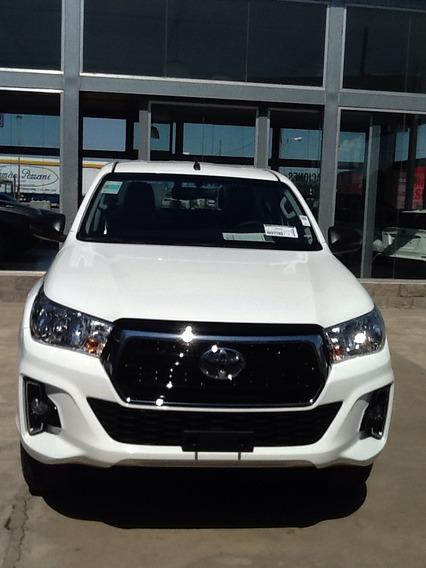 Toyota Hilux 4x2 D/c Sr 2.4
