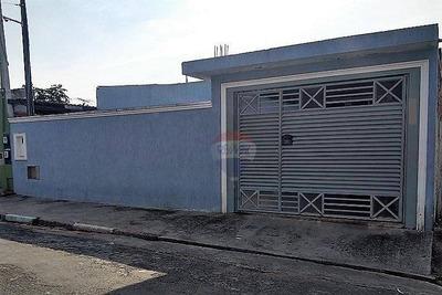 Casa Térrea 3 Dorms (2 Suítes) 200m²ac 250m²at+2 Em Obra Arujá/sp - Ca0134