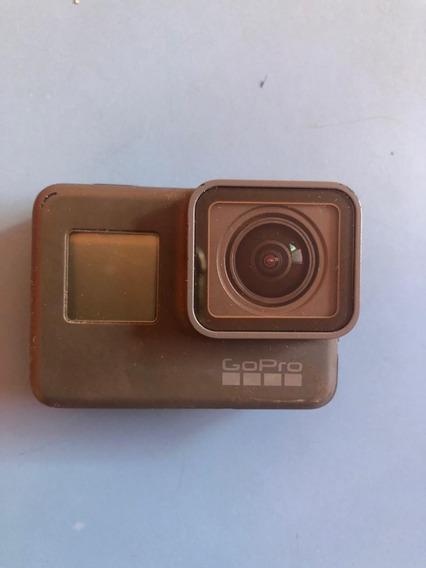 Câmera Gopro Hero 6 Black Com Uma Bateria,plate E Cabo