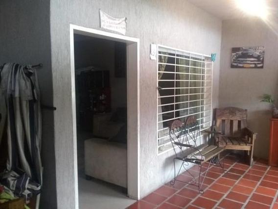 Casa En Venta Barrio Union 20-2542 Rahco